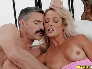 Well-hung dude fucks three wet holes of a hot blonde