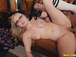 sexy gamer girl River Fox hardcore porn flick with Ramon Nomar