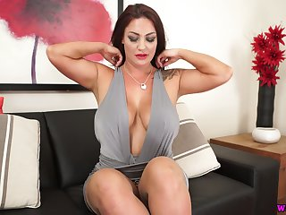 Torrid milf relating to splendid boobs and jaw dropping ass Roxy R is eager be advisable for your cock