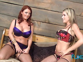 Courtney Cummz and Sophie Dee lesbian with respect to supersexy dusky fishnet stockings
