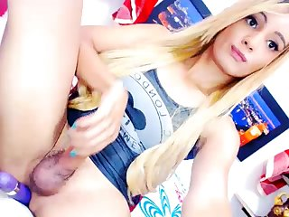Nice Webcam Solo By A Concupiscent Tgirl
