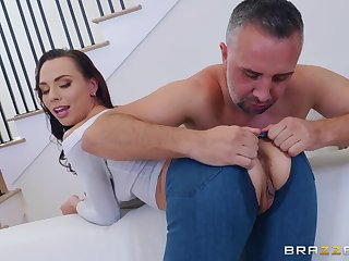 Aidra Fox likes to strive new ways of reaching pennon orgasm with a dude