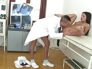 Pygmy angel gets laid beside a difficulty doctor during a basic check