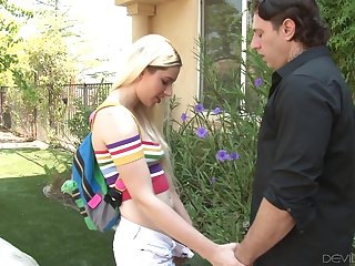 Filthy blonde Nikki Snow seduces pater of best girlfriend and bangs him on the lawn