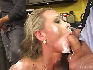 Five sex-mad dudes fellowship up and gangbang blonde MILF Simone Sonay