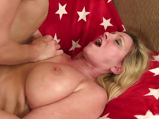 Grammy Carla Craves spreads her long legs to be fucked good