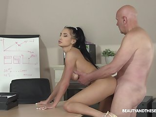 Svelte lady Nicole Love sucks sloppy cock and she fucks doggy call a truce wonderful