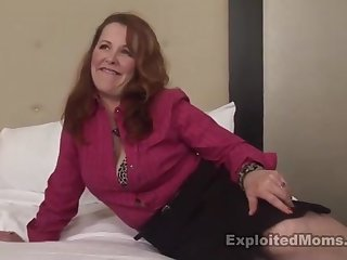 Big MILF came round the casting round strive interracial sex