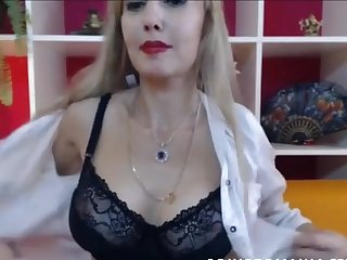 An gorgeous mature cougar mom with big tits and she is fit as will not hear of pussy