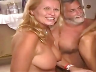 Senior Ladies Get Crazy - hot sex fillet