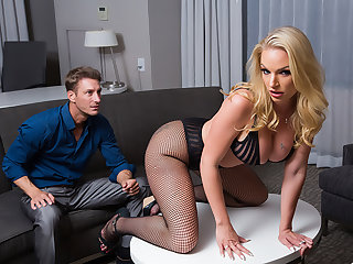 Hot Porn Star Rachael Cavalli is submissive for their way fan