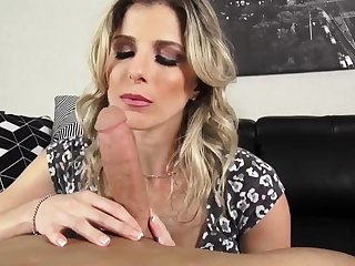 Milf makes crony' playmate cum Cory Hunting in Feedback Primarily