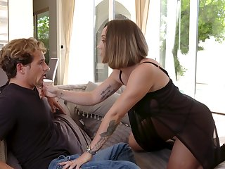Fucking awesome Spanish MILF Betty Foxxx is made to detest fucked daily