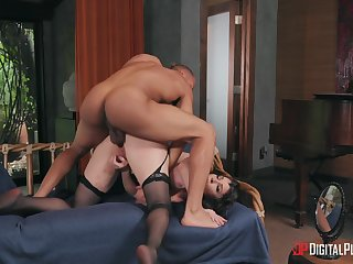 Iconic MILF Dana DeArmond gets dicked like never before