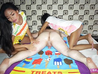 One horny Thai transsexuals Phatida with an increment of Aemy performs a censorious massage session for kinky guy.