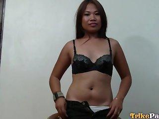 Making grimaces emotional Asian slut Genie gets pounded doggy unending