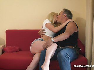 19 yo nympho under arrest Anna Riv seduces old gardener
