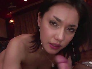 Maria Ozawa has her hairy pussy rim