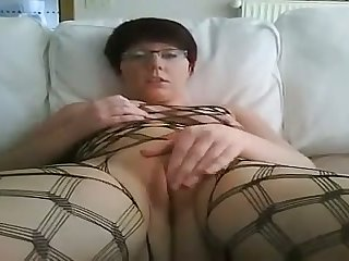 This whore not at any time loses focus and she loves fingering herself on camera