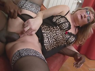 Mature wife with a phat ass transforming come by a black cock battle-axe
