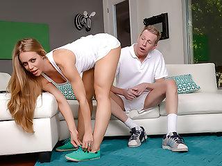 Nicole Aniston loves a deep, sloppy creampie