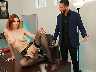 Lilian Stone drains her boss' balls to help relieve his stress