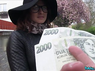 Czech beauty accepts finances for a good fuck on cam