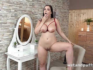 hot broad in the beam toddler Sofia Lee solo video