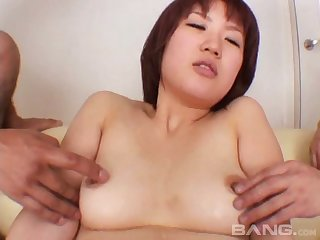 Pussy pinpointing together with fucking by two guys makes her scream with pleasure