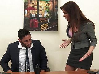 Sexy milf boss Syren De Mer exploits employee for dig up hd