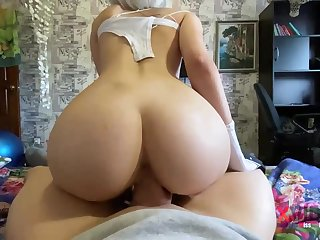 Steamy blondie is deep-throating penis like a consummate professional added to opening up up to get screwed rigid